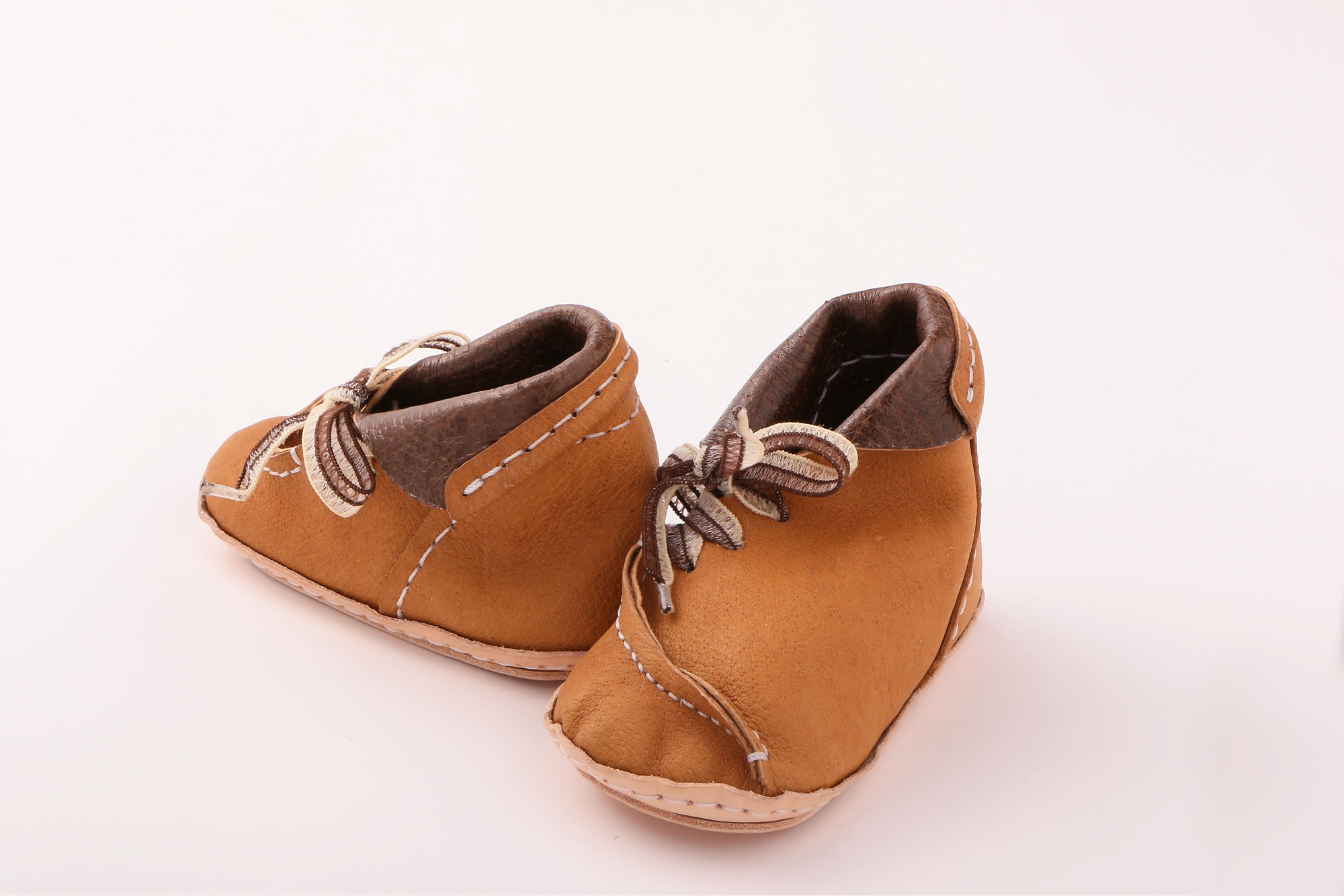 firstshose-brown